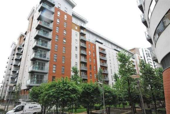 1 Bedroom Flat for sale in Hornbeam Way, Manchester