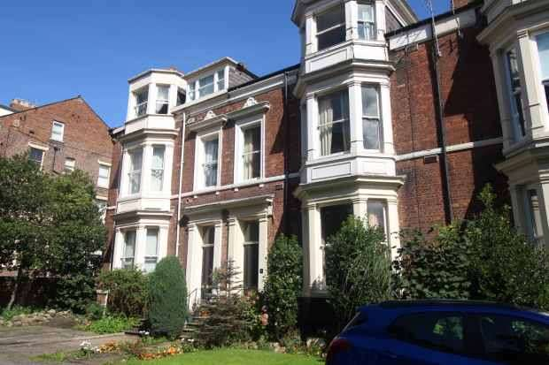 4 Bedrooms Maisonette Flat for sale in Woodside, Sunderland, Tyne And Wear, SR2 7ET