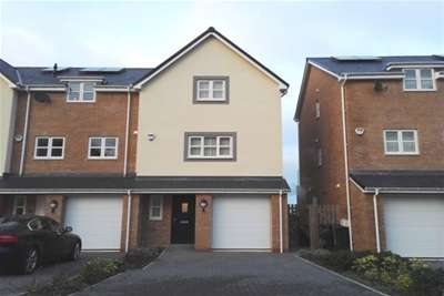 4 Bedrooms Town House for rent in Old Colwyn