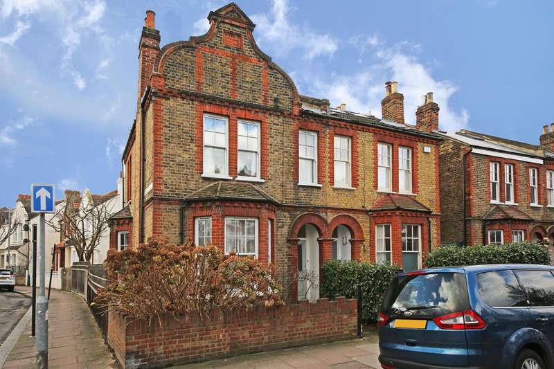 3 Bedrooms Terraced House for sale in Elmfield Road, Balham