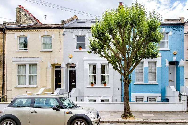 2 Bedrooms Flat for sale in Reporton Road, Fulham, London