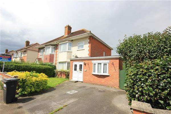 3 Bedrooms Detached House for rent in Horsham Avenue, Bournemouth