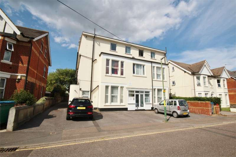 2 Bedrooms Flat for sale in Westby Road, Bournemouth, Dorset