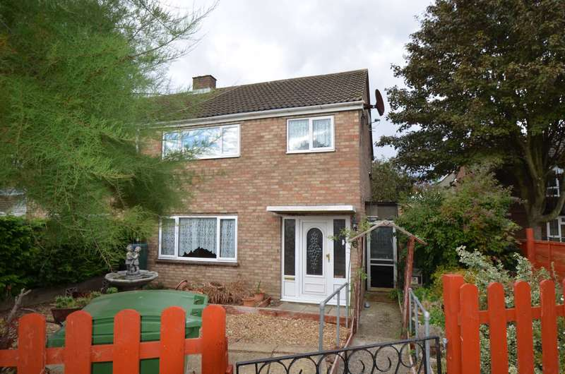 3 Bedrooms Semi Detached House for sale in Bletchley