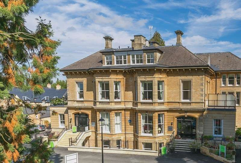 3 Bedrooms Apartment Flat for sale in New Street, Chipping Norton