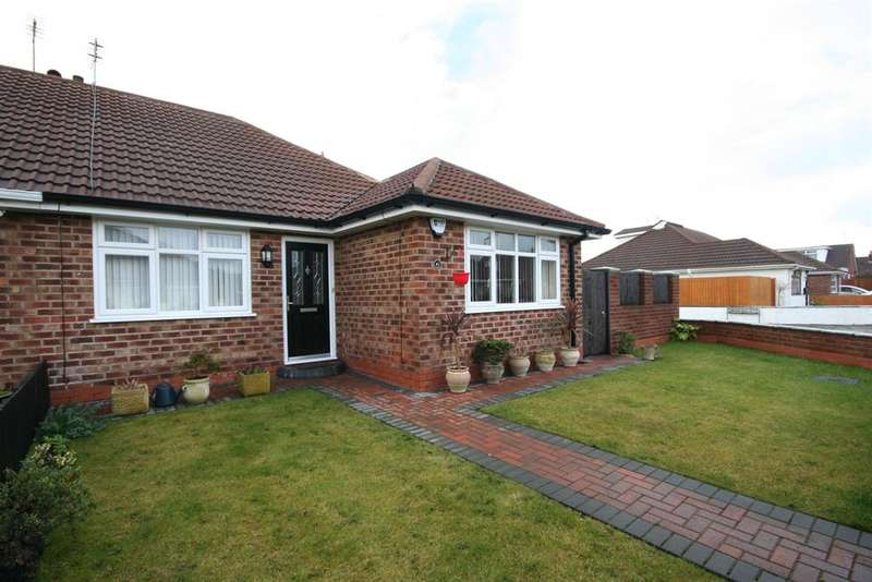 2 Bedrooms Bungalow for sale in Grampian Way, Moreton, Wirral, CH46 0QE