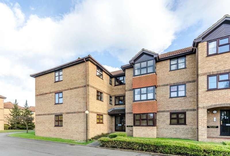 2 Bedrooms Flat for sale in Mangles Road, Guildford, GU1