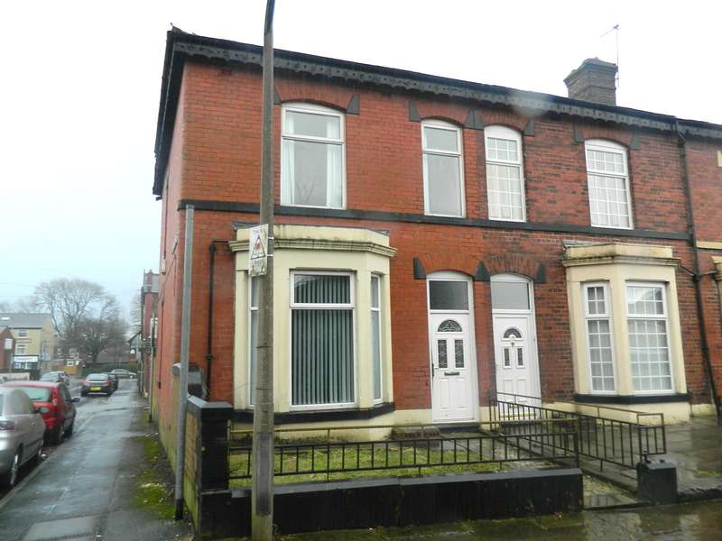 3 Bedrooms Terraced House for sale in Inman Street, Bury, BL9