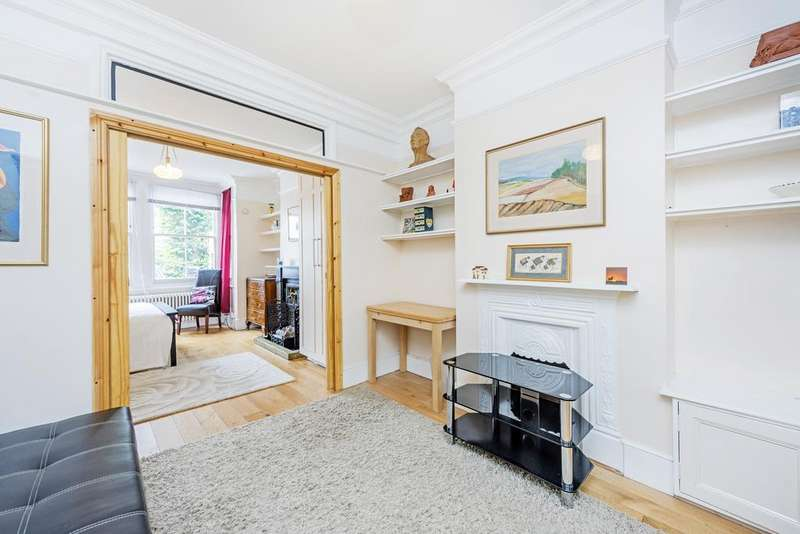 5 Bedrooms Terraced House for sale in Grantham Road, W4