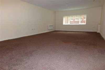 Flat for rent in Back Market Street Earlestown