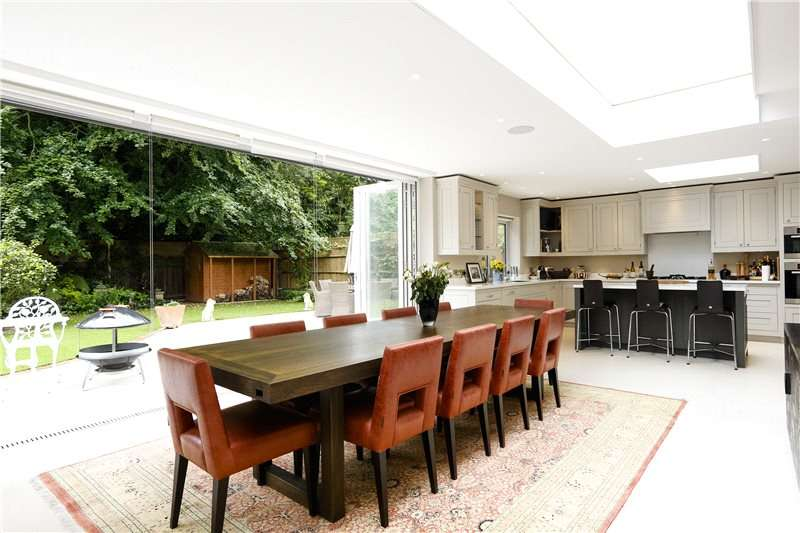 5 Bedrooms Detached House for sale in York Avenue, East Sheen, SW14