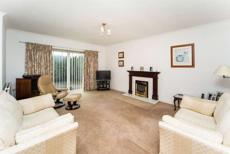 4 Bedrooms Detached Bungalow for sale in Church Road, Rumney, Cardiff