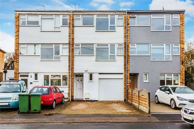 4 Bedrooms Town House for sale in Thames Street, WALTON-ON-THAMES, Surrey