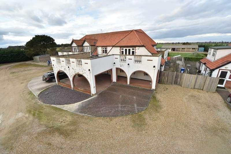 4 Bedrooms Semi Detached House for sale in Isleham Road, Worlington, Bury St. Edmunds