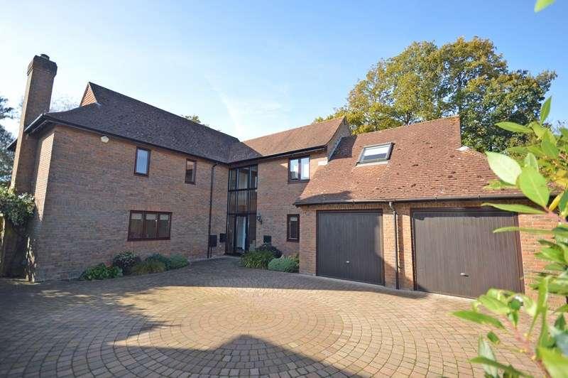 5 Bedrooms Detached House for sale in The Grange, Everton, Lymington