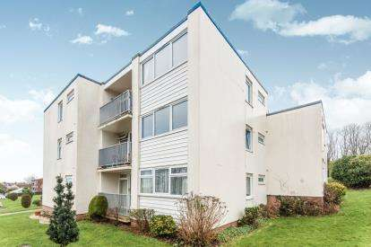 2 Bedrooms Flat for sale in Dawlish Warren, Dawlish, Devon