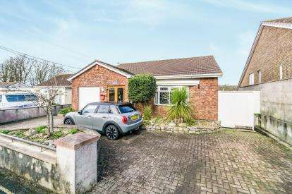 5 Bedrooms Detached House for sale in Plymouth, Devon