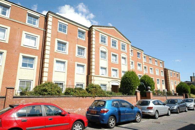 1 Bedroom Retirement Property for sale in Hengist Court, Maidstone