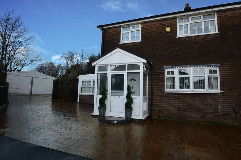 4 Bedrooms Semi Detached House for sale in Monsall Close, Bury, BL9