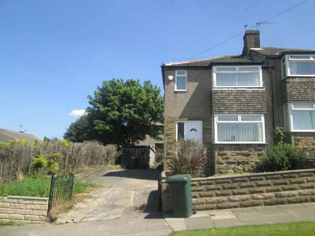 3 Bedrooms Semi Detached House for rent in Flockton Road, East Bowling, BD4
