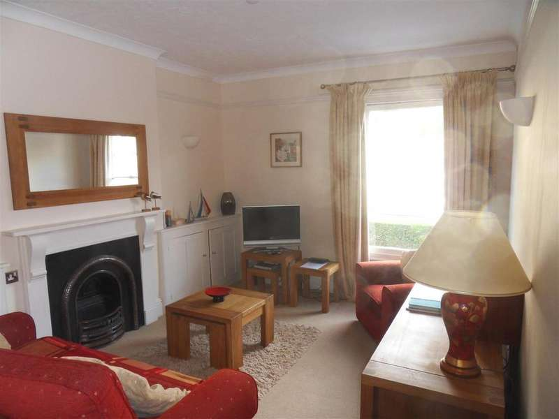 1 Bedroom Flat for sale in Victoria Road, Dartmouth