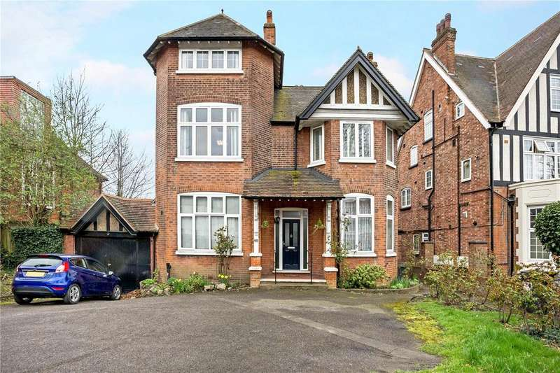 3 Bedrooms Flat for sale in Brondesbury Park, Queen's Park, London, NW6
