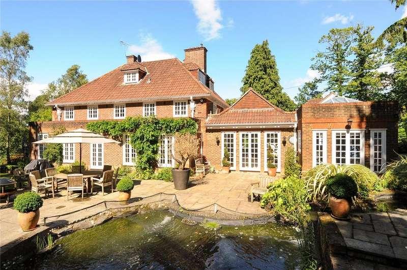 5 Bedrooms Detached House for rent in East Drive, Virginia Water, Surrey, GU25