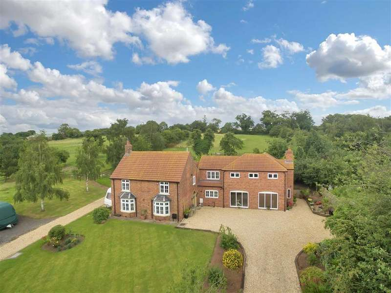 5 Bedrooms Equestrian Facility Character Property for sale in Main Street, Hayton, Retford, Nottinghamshire