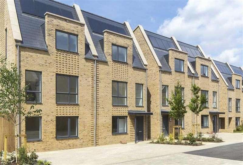3 Bedrooms Town House for sale in Oakwell Grange, Well Grove, Whetstone, London