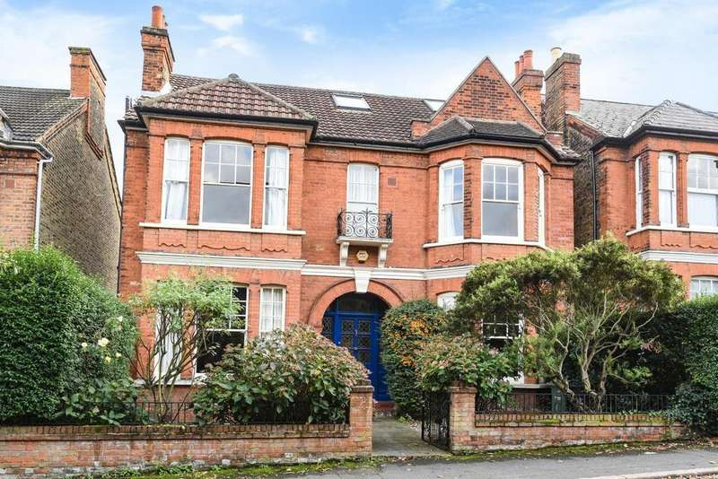 6 Bedrooms Detached House for sale in St. Julians Farm Road, West Norwood