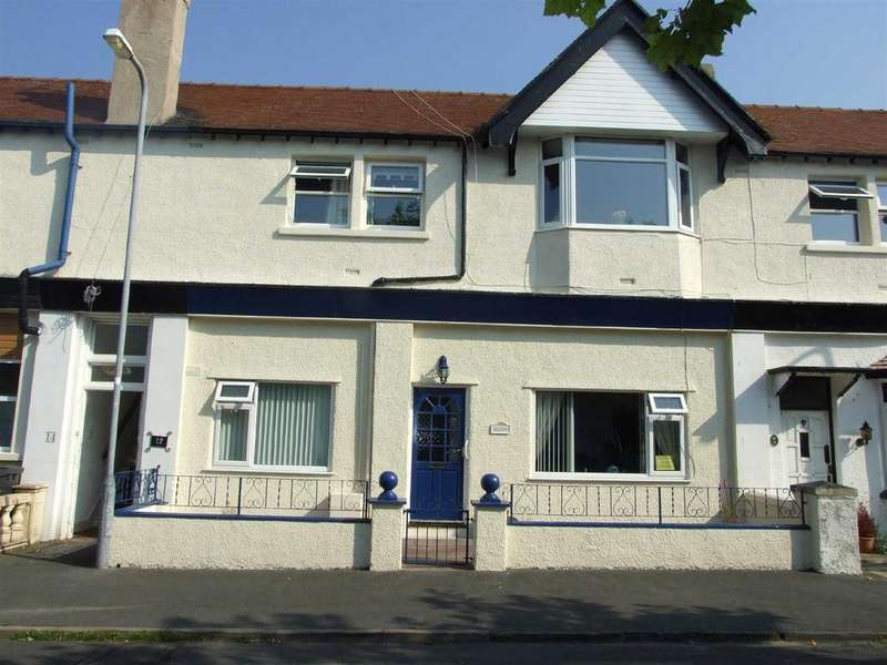 2 Bedrooms Apartment Flat for sale in Knowles Road, Llandudno