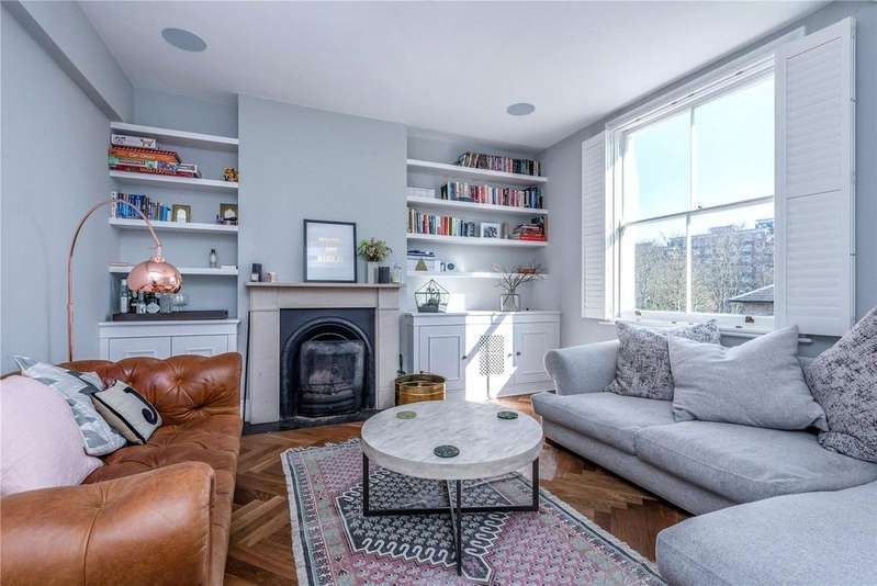 2 Bedrooms Maisonette Flat for sale in Highbury Hill, Highbury, London, N5