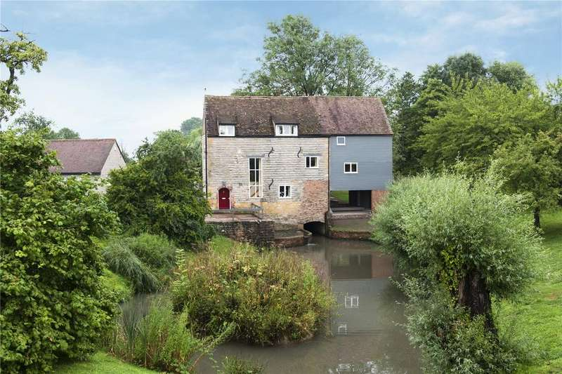 5 Bedrooms Detached House for sale in Hinton-on-the-Green, Evesham, Worcestershire, WR11