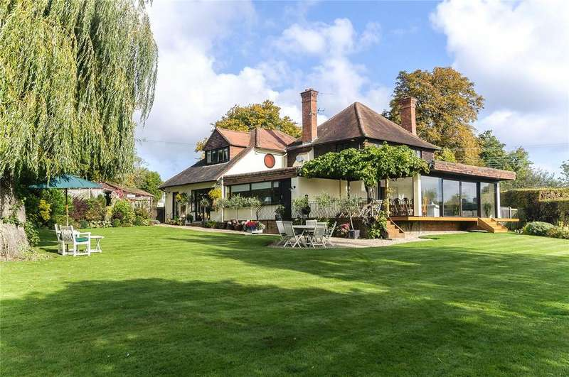 5 Bedrooms Detached House for sale in Church Lane, Warfield, Bracknell, Berkshire, RG42