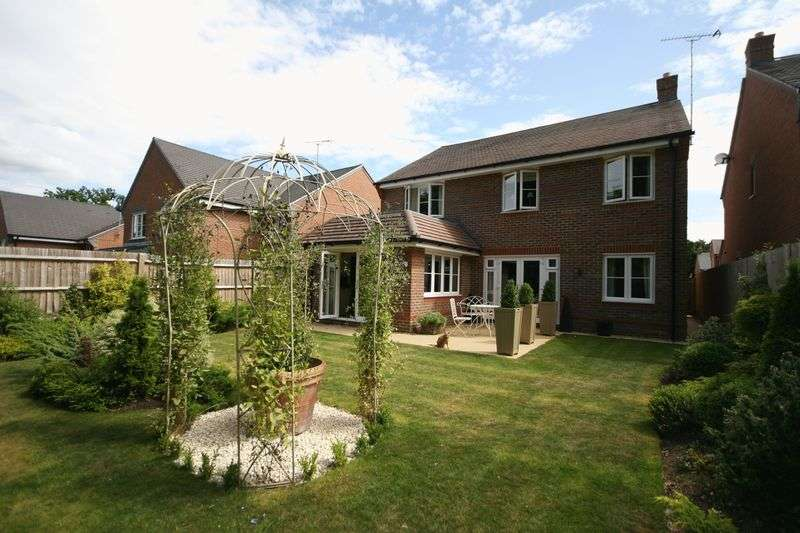 Property for rent in Keaver Drive Frimley, Camberley