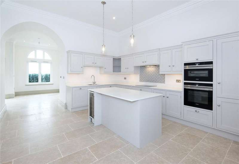3 Bedrooms Flat for sale in The Bruce, Wadhurst Place, Mayfield Lane, Wadhurst, TN5
