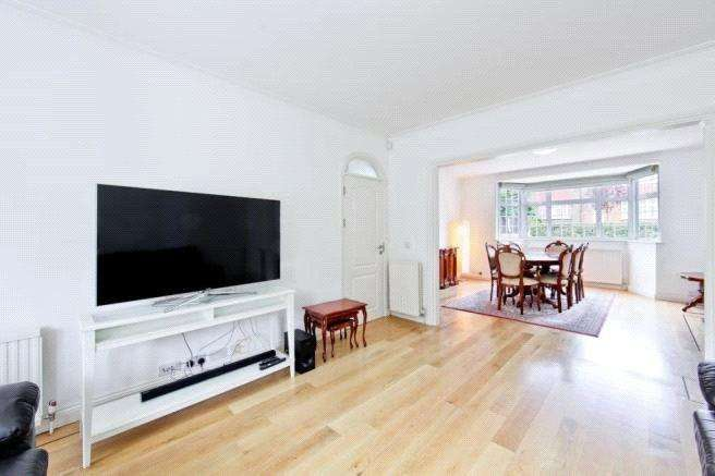 6 Bedrooms Detached House for rent in Beaufort Road, Haymills Estate, London, W5
