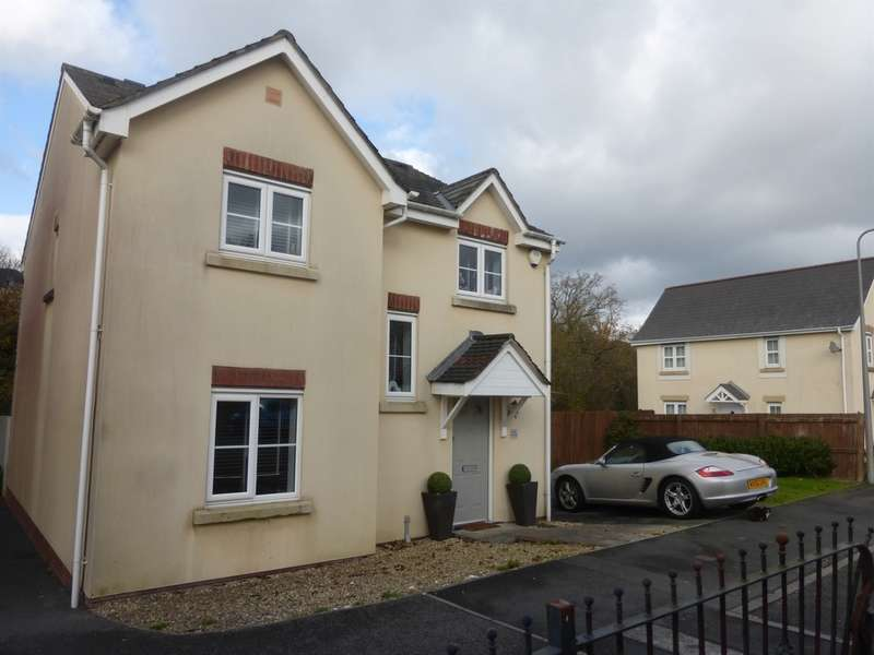 4 Bedrooms Detached House for sale in Gelli Deg, Fforestfach, Swansea