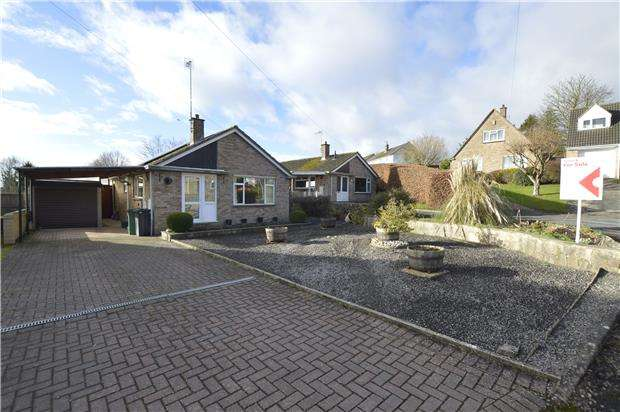 2 Bedrooms Detached Bungalow for sale in Tylers Way, Chalford Hill, Gloucestershire, GL6 8ND