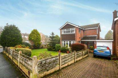 3 Bedrooms Detached House for sale in Ivy Road, Macclesfield, Cheshire