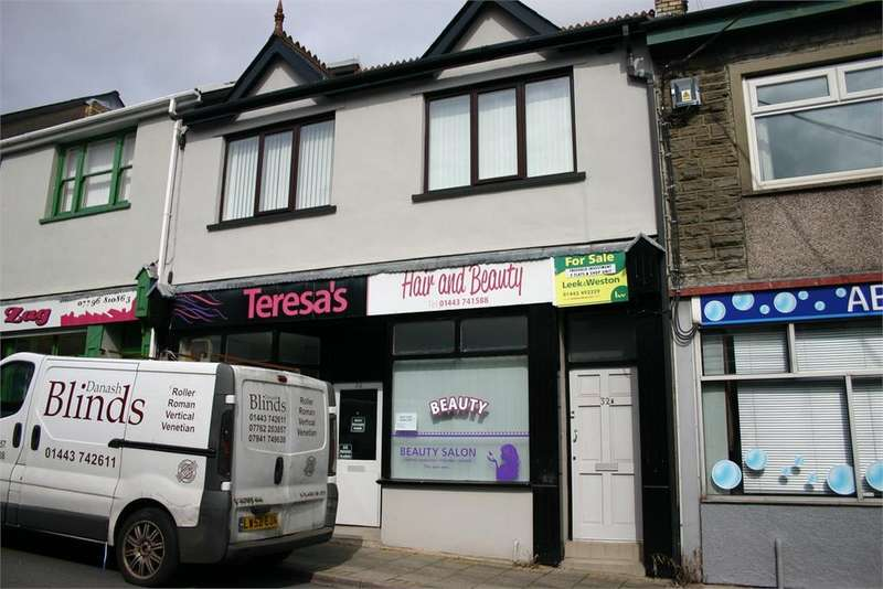 2 Bedrooms Flat for rent in 32a Margaret Street, Abercynon, Mountain Ash, CF45 4RE