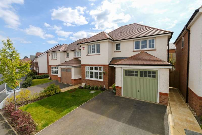 4 Bedrooms Detached House for sale in Clover Way, Newton Abbot