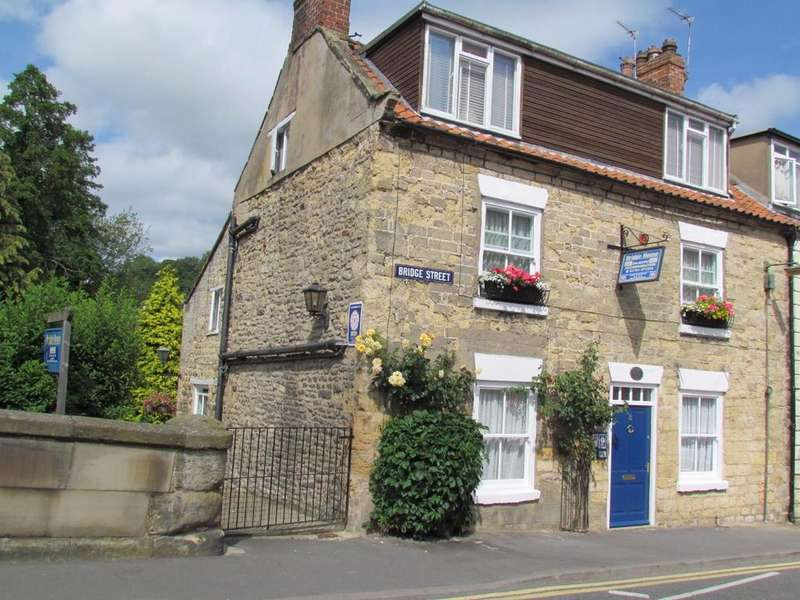 4 Bedrooms Town House for sale in Bridge House, Bridge Steet, Pickering
