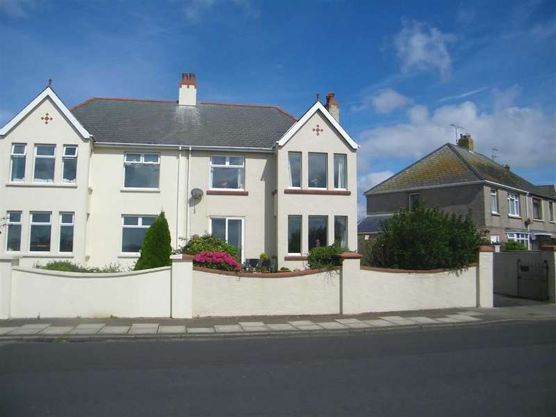 4 Bedrooms Semi Detached House for sale in The Rath, Milford Haven