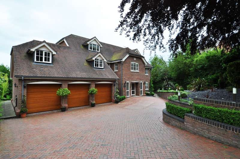 6 Bedrooms Detached House for rent in Fiery Hill Road, Barnt Green, Birmingham, B45