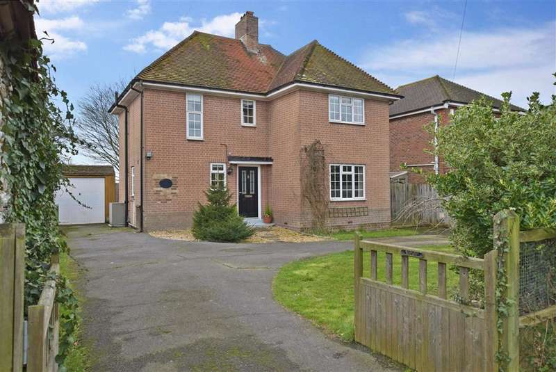 3 Bedrooms Detached House for sale in Arundel Road, , Fontwell, Arundel, West Sussex