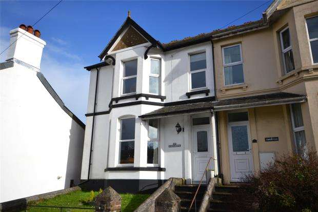 3 Bedrooms Semi Detached House for sale in Fountain Place, Callington, Cornwall