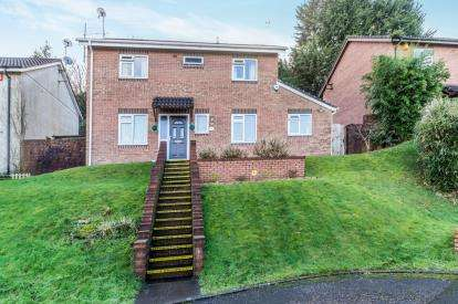 4 Bedrooms Detached House for sale in Plymouth, Devon, England