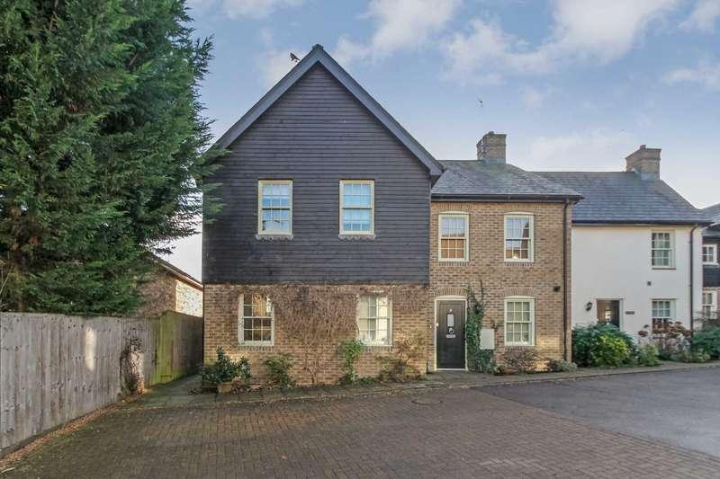 3 Bedrooms Semi Detached House for sale in Harrow Yard, Akeman Street