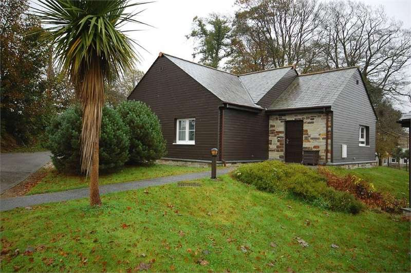 2 Bedrooms Detached House for sale in Trenython Manor, Tywardreath